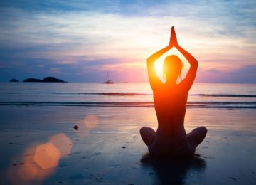 beach-sunset-yoga-namaskar-picture